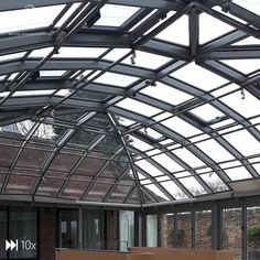 Stairs Architecture, Architecture Details, Outdoor Restaurant Patio, Rooftop Design, Greenhouse Interiors, Steel Frame Construction, Roof Structure, Roof Light, Loft Design