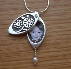 Posies Flower Photo Locket Sterling Silver for Moms, Grandmothers, Sisters or Daughters