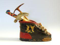Fine Miniature Decorative Leather Shoes With Vintage Antique Bursa Knife,Hummer