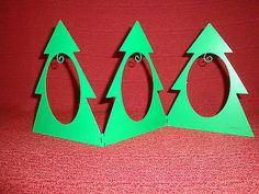Hallmark Tri-Fold Metal Christmas Tree Miniature Ornament Display