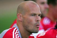 Ljungberg Kembali Ke Arsenal?