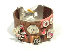 Stunning leather cuff bracelet with zamak * brown bracelet * friendship bracelet * OOAK pink bracelet * gift for her * womens bracelet #ring #cork