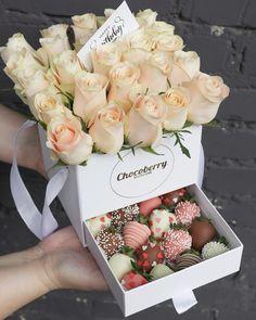 Food Bouquet, Bouquet Box, Gift Bouquet, Chocolate Hearts, Chocolate Gifts, Chocolate Flowers, Chocolate Dipped Strawberries, Chocolate Covered Strawberries, Chocolate Bouquet Diy