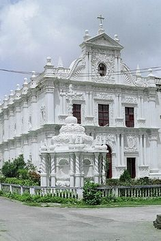 1610.St.Paul's Church, Diu, is situated in Diu Island, on the west coast of India, a Union Territory of India.