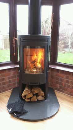 conservatory stove installation. Contura 550 installed by Central Stoves Nuneaton