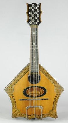 16 string Mandolin made around 1925 by E.Mullinger (well he patented it) and with 4 strings per course along with everything else it's not at all OTT… Lardy's Chordophone of the day 2017 Instruments, Play That Funky Music, Unique Guitars, Guitar Art, Pulsar, Playing Guitar, Acoustic, Musicals, Guitar Building