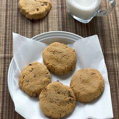 Chewy Coconut Flour Chocolate Chip Cookies via @dropthesugar