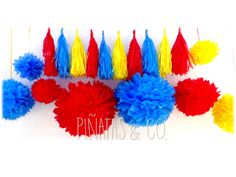 Guirnalda de Borlas + Pompones de Papel temática Payaso Plim Plim Carnival Themed Party, Circus Party, Circus Birthday, 2nd Birthday, Cake Smash, Ideas Para, Party Time, Gabi, Birthdays
