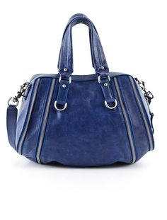 I need a new purse..I do too and I love this one.....
