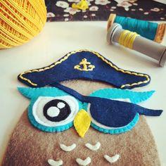 Felt Pirate Owl - wip