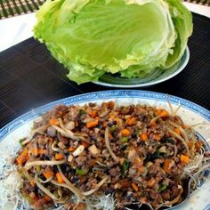 Yuk Sung – Chinese Lettuce Wraps – Inside each lettuce leaf is a little pile of … Yuk Sung – Chinese Lettuce Wraps – Inside each lettuce leaf is a little pile of treasures! A great dish to serve as a starter or at parties Wrap Recipes, Asian Recipes, Healthy Recipes, Ethnic Recipes, Chinese Recipes, Chinese Food, Asian Foods, Yummy Recipes, Keto Recipes