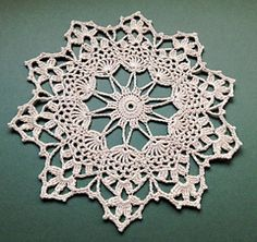 Country Starlet Doily... Free pattern!