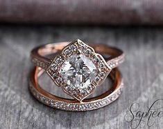 Rose Vintage Floral Cushion Cut Engagement Ring Set in 14k Rose Gold, Bridal Set,7x7mm Cushion Cut,Eternity Wedding Band by Sapheena