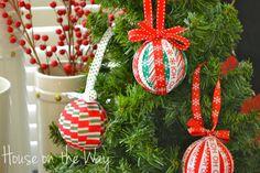 christmas ribbon ornament craft, christmas decorations, crafts, seasonal holiday d cor Easy Ornaments, Christmas Ornament Crafts, Christmas Ribbon, Christmas Crafts For Kids, Xmas Crafts, Simple Christmas, Christmas Holidays, Christmas Wreaths, Christmas Decorations
