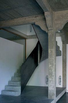 Garage du parc par Atelier d'Architecture Bruno Erpicum