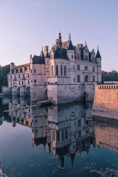 5 Best French Châteaux to Visit in the Loire Valley - France / Europe