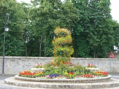Rond-point fleuri à Soisy sur Ecole (91)