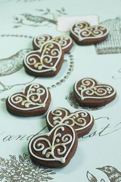 chocolate filigree mini heart iced biscuits