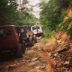 Suzuki samurai Crew off roading