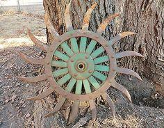"Antique Vintage Metal 20"" JD Green Rotary Hoe Wheel Gear Rustic Garden Art / would make a great clock!!!"