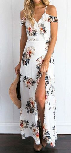 White Floral Sleeveless Slit off Maxi Dress for Summer and Spring.This is a great dress to be worn in beach,outdoor,party and casual occasions.
