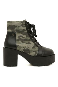 PU and Camouflage Panel Platform Boots