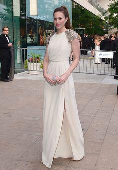 Mandy Moore, en un look de Lela Rose Fall 2012, en la entrega de los premios CFDA 2012 el 4 de Junio, en Nueva York.