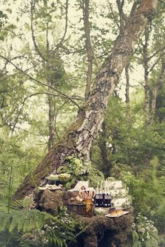 #DBBridalStyle woodland sweets table