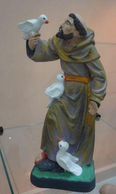 Escultura São Francisco colorida - peça em gesso