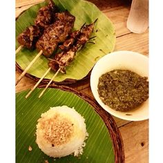 Don't underestimate this humble place! If you want an affordable and tasty meal, head to any JT's #Manukan branch. Definitely order Porbidang #Kangkong and Sate Babi #philippines #manila #wheninmanila #spotmyfood #filipino #filipinofood #food #jtsmanukan #jt #jts