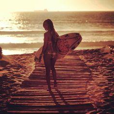 Surf girl... Angela Peral...
