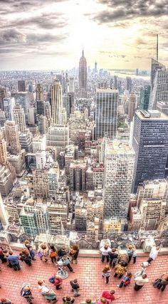 Vista del #TopOfTheRock y sus vistas http://www.nuevayork.travel/que-ver-en-nueva-york/top-of-the-rock/ #NuevaYork #NewYork #NYC