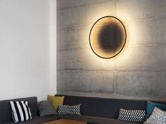 """Applique murale """"Eclipse"""", 420 €,"""