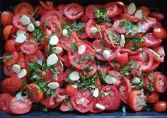 Caprese Salad, Bruschetta, Bacon, Vegetarian, Vegan, Vegetables, Ethnic Recipes, Food, Bulgur