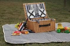 2015hot sales Natural materials and environmentally friendly willow picnic basket/willow hamper, View empty picnic baskets for sale, QINGCHEN Product Details from Linyi Qingchen Import & Export Trading Co., Ltd. on Alibaba.com