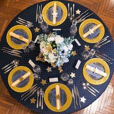 いいね!67件、コメント1件 ― erisaroseさん(@erisarose)のInstagramアカウント: 「☆彡STAR☆彡 collection part seven 【Gravis&Co.】 愛知県名古屋市中区栄3-11-31 0522657777 #グラヴィス #グランダルシュウエディングヒルズ…」 Star Wedding, Wedding Table, Starry Night Wedding, Centerpieces, Table Decorations, Table Settings, Party, Instagram Posts, Events