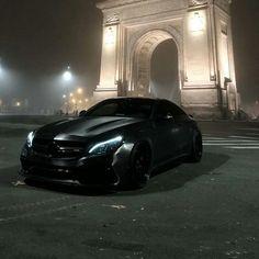Mercedes-Benz ////AMG lovers ( benz_amg_club ) - AMG 😈 Name location👇 Mercedes Benz Amg, Mercedes Black, Suv Bmw, Bmw M3, Dream Cars, Nissan Gtr, Mercedez Benz, Best Luxury Cars, Amazing Cars