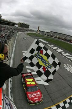 Jeff Gordon win 85 - Woooo Hooo!.... Beating the most overrated driver in the history of NASCAR
