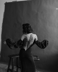 Body Photography, Creative Photography, Portrait Photography, Fashion Photography, Creative Portraits, Studio Portraits, Photographie Portrait Inspiration, Strike A Pose, Female Portrait