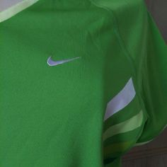 Nike Performance Lime green Nike athletic shirt. Excellent condition. Nike Tops Tees - Short Sleeve