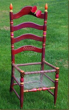 adoro essa idéa de cadeira velha fazer um plantador de flores
