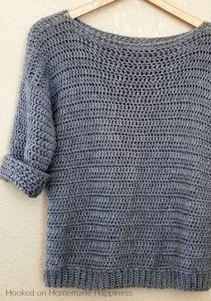Crochet clothes 323414816988000867 - Simple Crochet Sweater Pattern – Hooked on Homemade Happiness Source by alineborre Blouse Au Crochet, Crochet Cardigan, Crochet Shawl, Crochet Sweaters, Crochet Tops, Crochet Jumpers, Crochet Granny, Crochet Simple, Simple Crochet Patterns