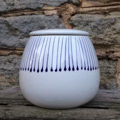 Small storage canister in blue & white Stockbridge design. #stockbridge #handpainted #ceramics #blueandwhite #uniquegift