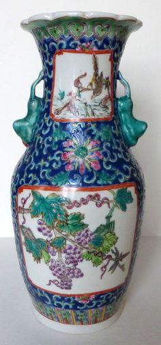 paire de vases en porcelaine marque signature samson inspiration chine de la famille verte on. Black Bedroom Furniture Sets. Home Design Ideas