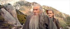 """13 Times Background Legolas Was The Most Important Part Of """"The Lord Of The Rings"""" Movies 