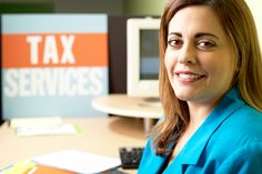 #TaxSeason is here. @WISERwomen gives 2 ways to save on your return this year.  http://ow.ly/KfVMl