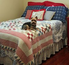 Beautiful and cosy red, white and blue bed - I love this look!