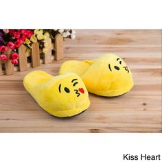 Treat yourself to comfort and a modern text-speak style with emoji house slippers. These plush velvet slippers are skid-resistant as well as wear-resistant, making them ideal for wear all year long. Shearling Slippers, Velvet Slippers, Leather Slippers, Best Slippers, Cute Slippers, Pj Onesies, Bedroom Slippers, Shoe Gallery, Designer Shoes