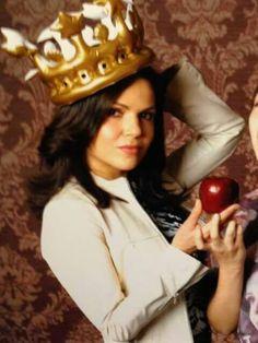 I love Lana Parrilla!