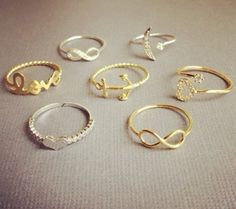 love all of these rings, especially the moon and the star(: